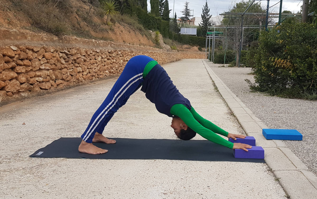 Small Group Yoga – an online experiment